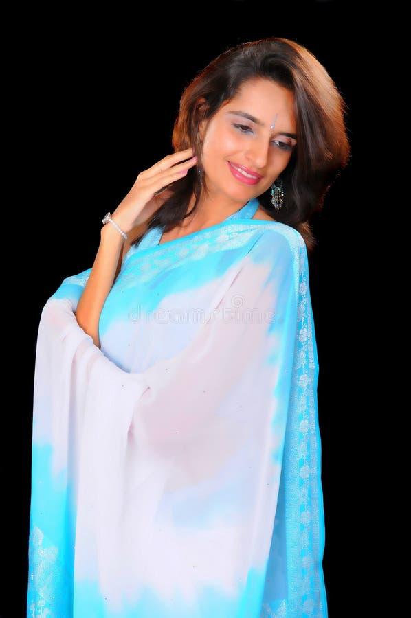 Download Mooi Indisch Meisje stock afbeelding. Afbeelding bestaande uit vers - 10783535