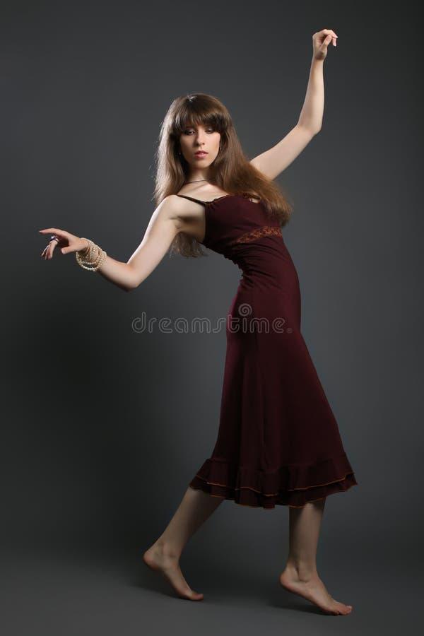 Mooi jong brunette stock foto's