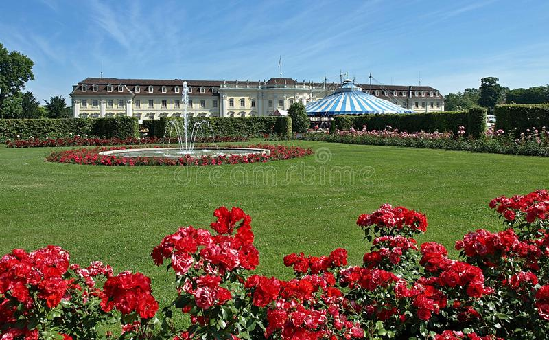 Mooi kasteel Schloss Ludwigsburg in Duitsland royalty-vrije stock fotografie