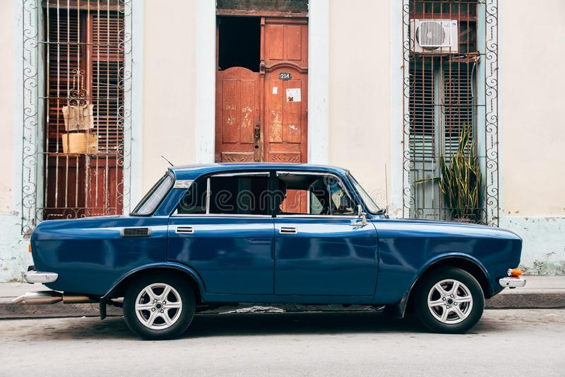 Mooi klassiek Lada in Trinidad, Cuba royalty-vrije stock afbeelding