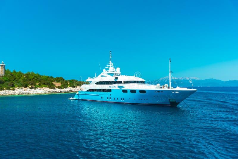 Mooi landschap in de zomer in Griekenland royalty-vrije stock foto