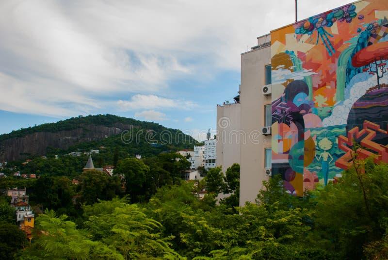 Mooi landschap met een mening van het overzees en de Berg Rio de Janeiro, Brazili? stock afbeelding