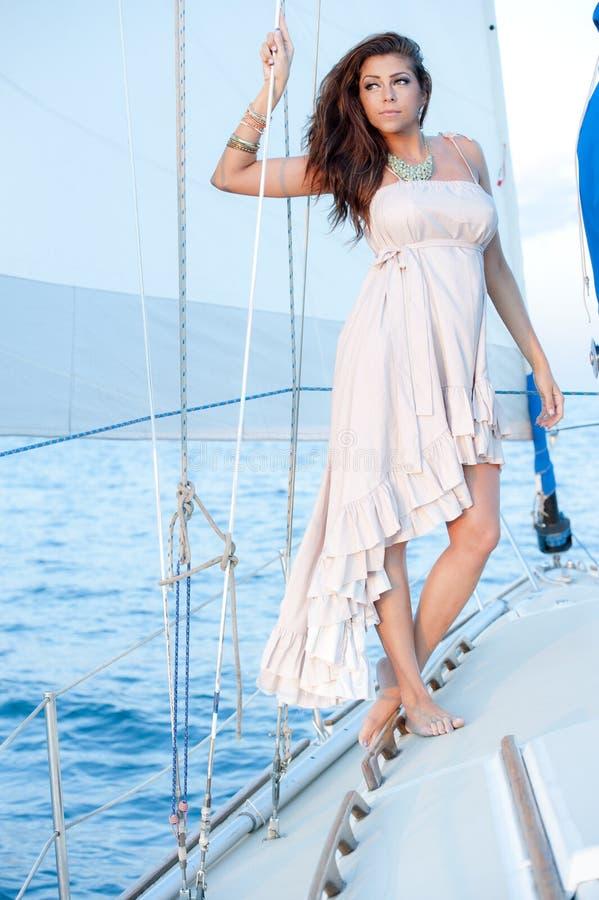 Mooi latino model stock afbeelding