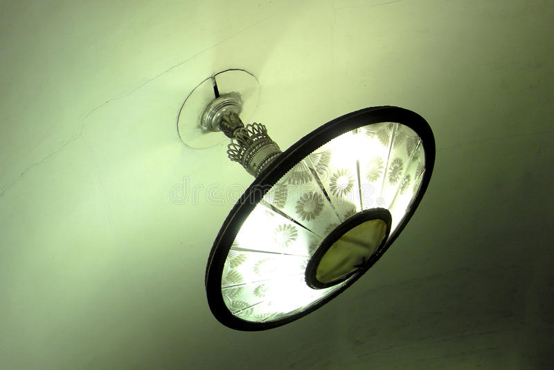 Mooi licht in metro st. Petersburg royalty-vrije stock foto's