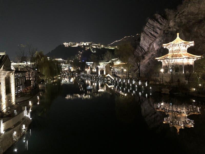 Mooi Licht op Weergeven bij Nacht royalty-vrije stock afbeeldingen