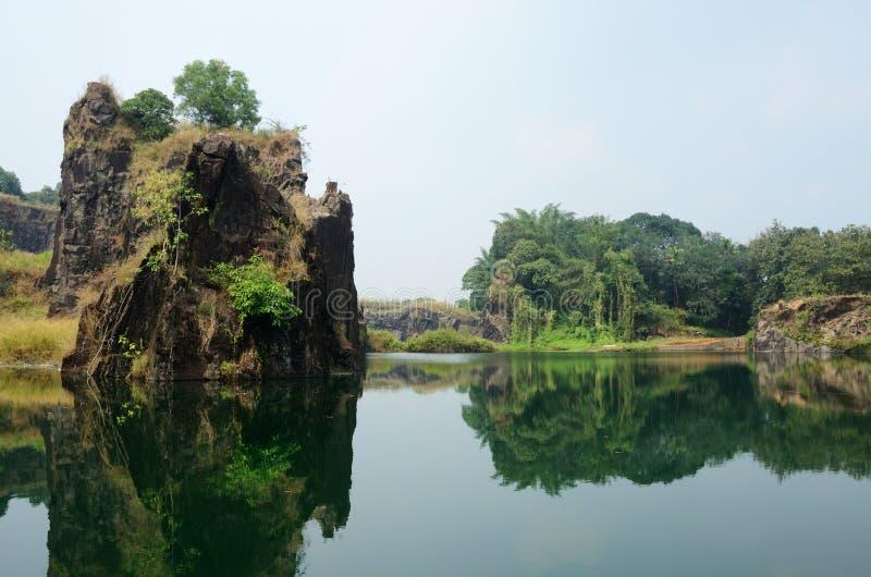 Mooi meer dichtbij Kochi, Malabar-kust, Zuidelijk India stock afbeeldingen