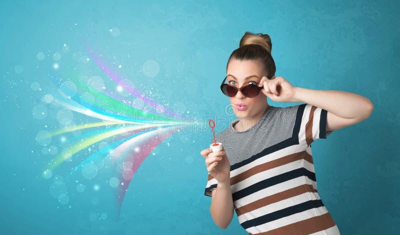 Download Mooi Meisje Die Abstracte Kleurrijke Bellen En Lijnen Blazen Stock Foto - Afbeelding bestaande uit slag, levensstijl: 54089780
