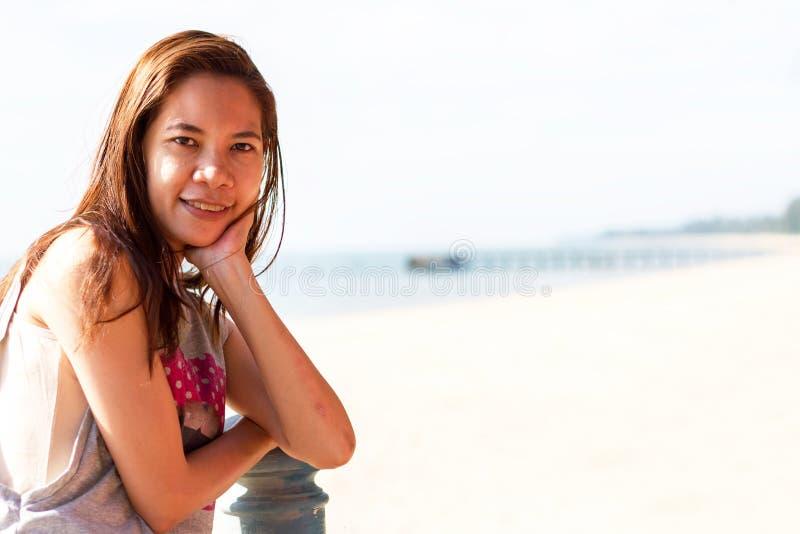 Mooi Meisje met Close-up van de vrouw van Azië het glimlachen royalty-vrije stock foto's