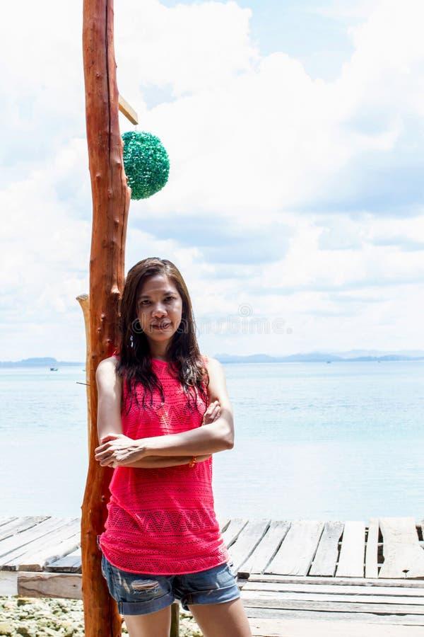 Mooi Meisje met Close-up van de vrouw van Azië het glimlachen royalty-vrije stock fotografie