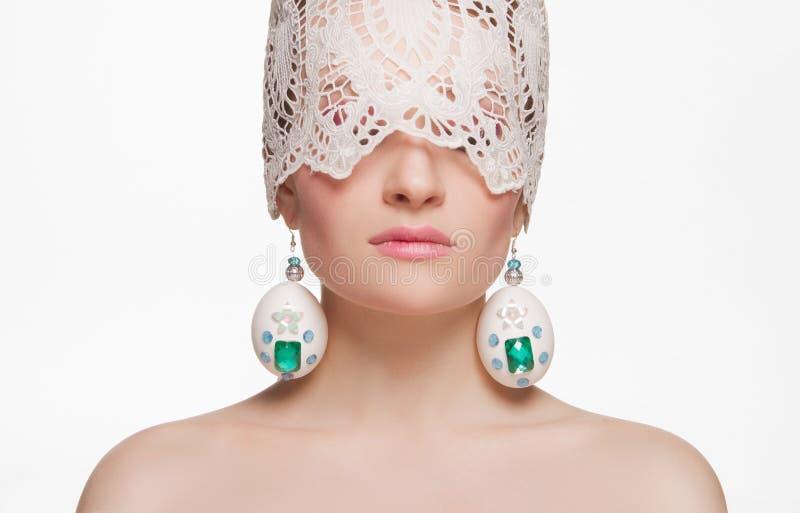 Mooi meisje met paaseieren masker royalty-vrije stock fotografie