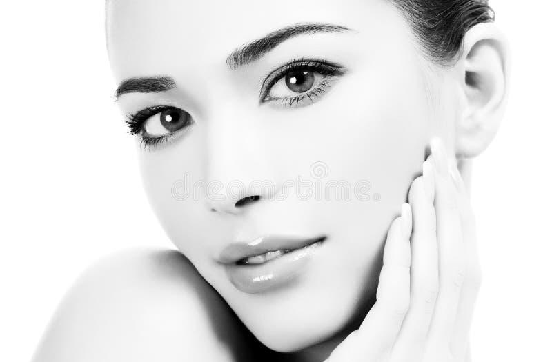 Mooi meisje met schone verse huid stock afbeeldingen