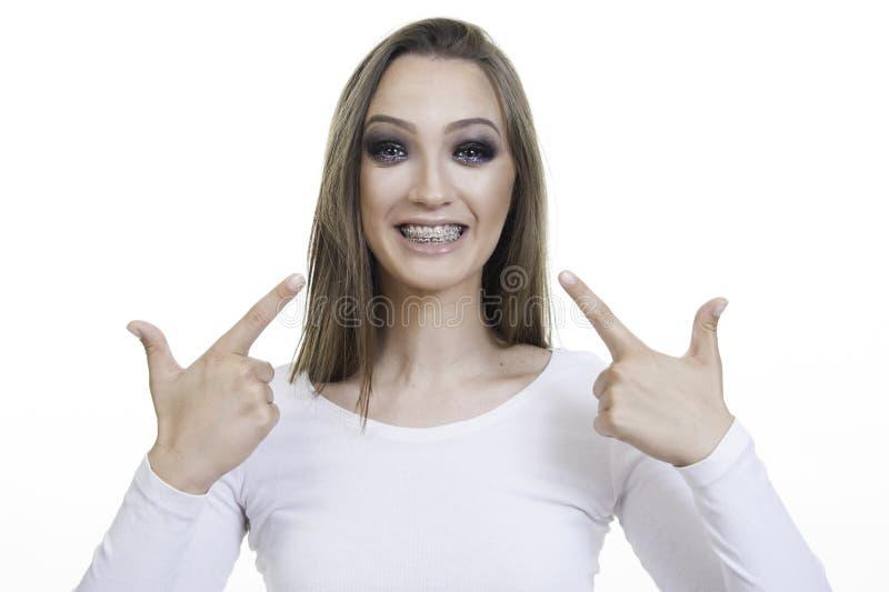 Mooi meisje met steunclose-up stock afbeelding