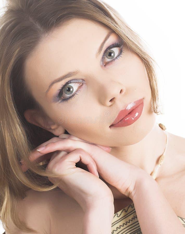 Download Mooi Meisjes Dicht Omhooggaand Portret Stock Foto - Afbeelding bestaande uit glamor, elegantie: 10784466