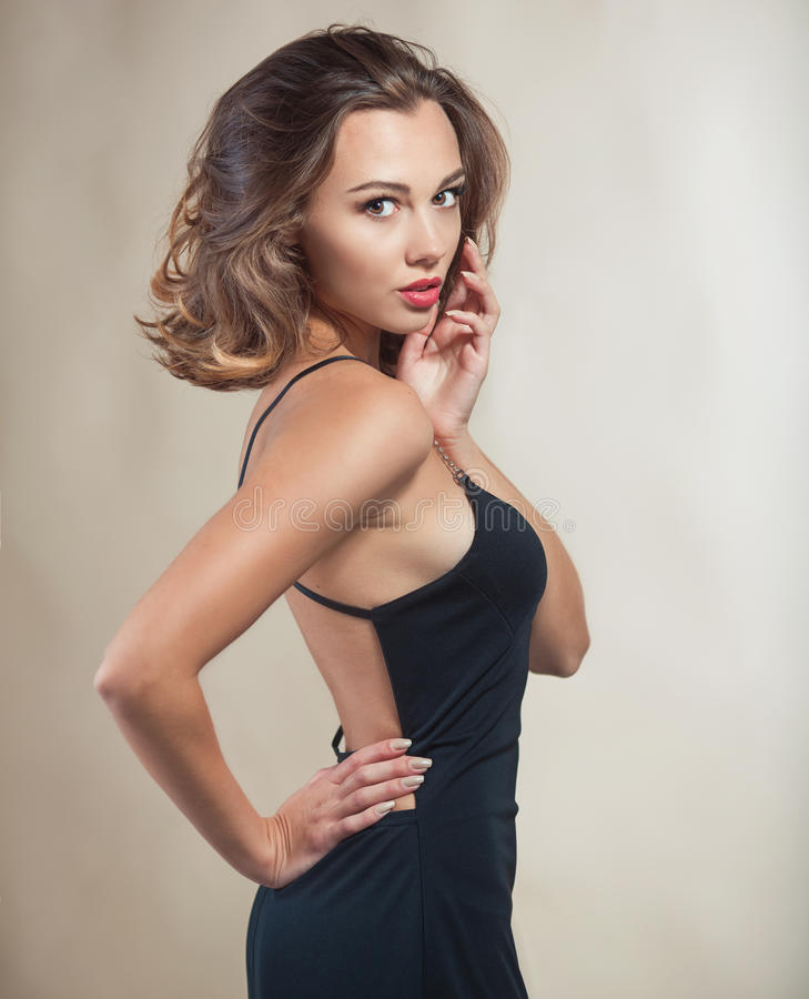 Mooi modelportret in studio stock fotografie