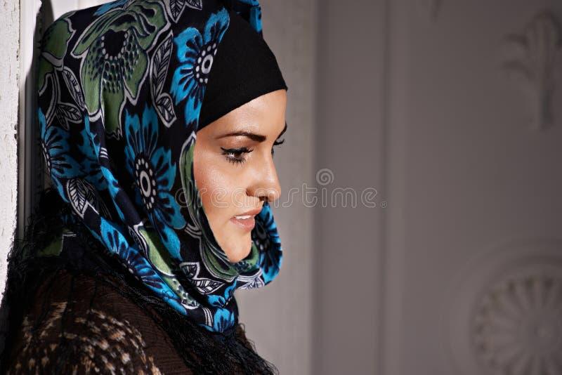 Mooi Moslimmeisje royalty-vrije stock afbeelding