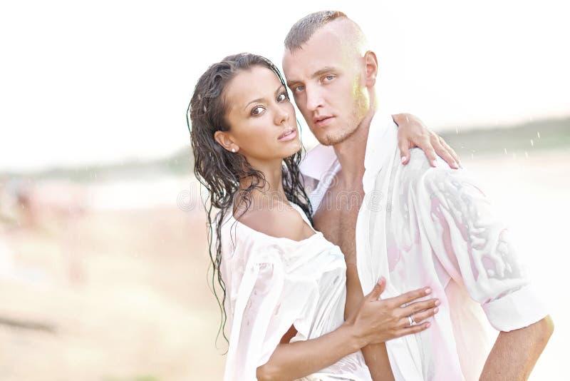 Mooi paar in liefde royalty-vrije stock foto's