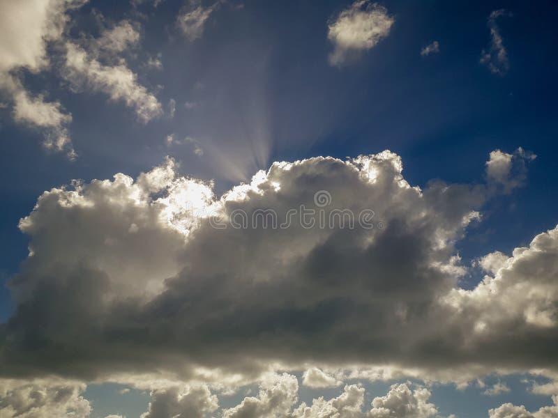 Mooi panorama van zeegezicht met blauwe hemel bij daglicht op Porto DE Galinhas stock fotografie