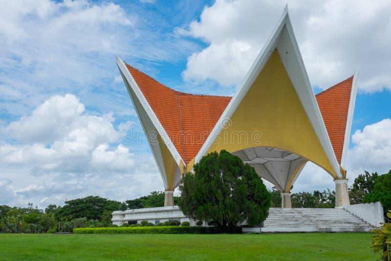 Mooi paviljoen in het park stock fotografie