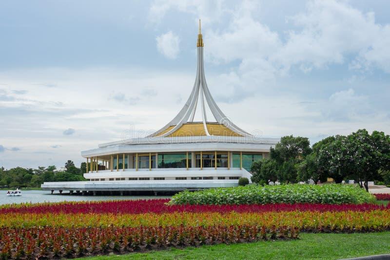 Mooi paviljoen in het park royalty-vrije stock fotografie
