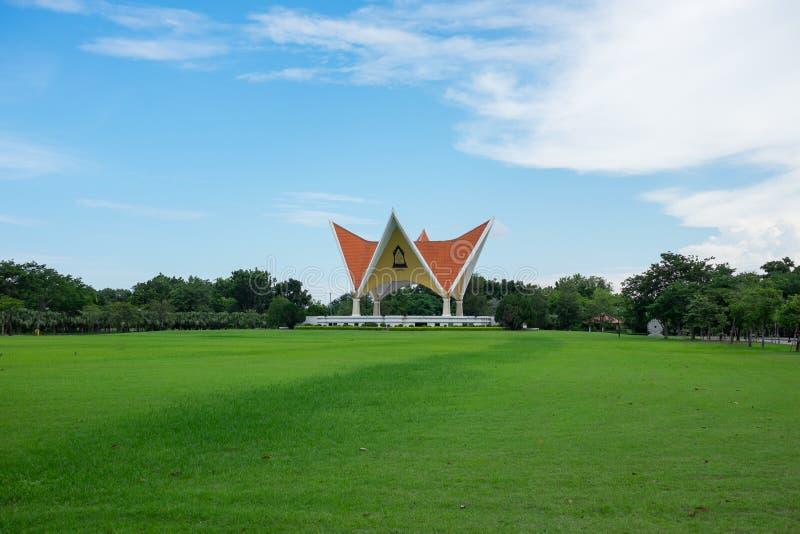 Mooi paviljoen in het park, Thailand royalty-vrije stock fotografie