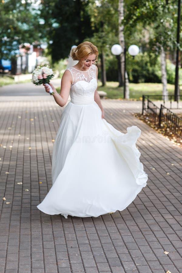Mooi portret van een bruid stock foto's