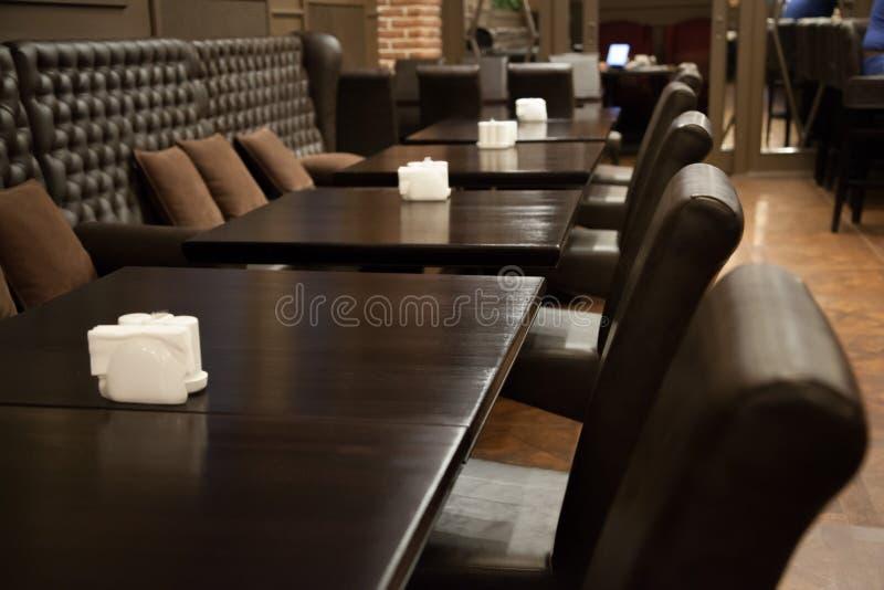 Mooi restaurant in de Engelse stijl stock foto's