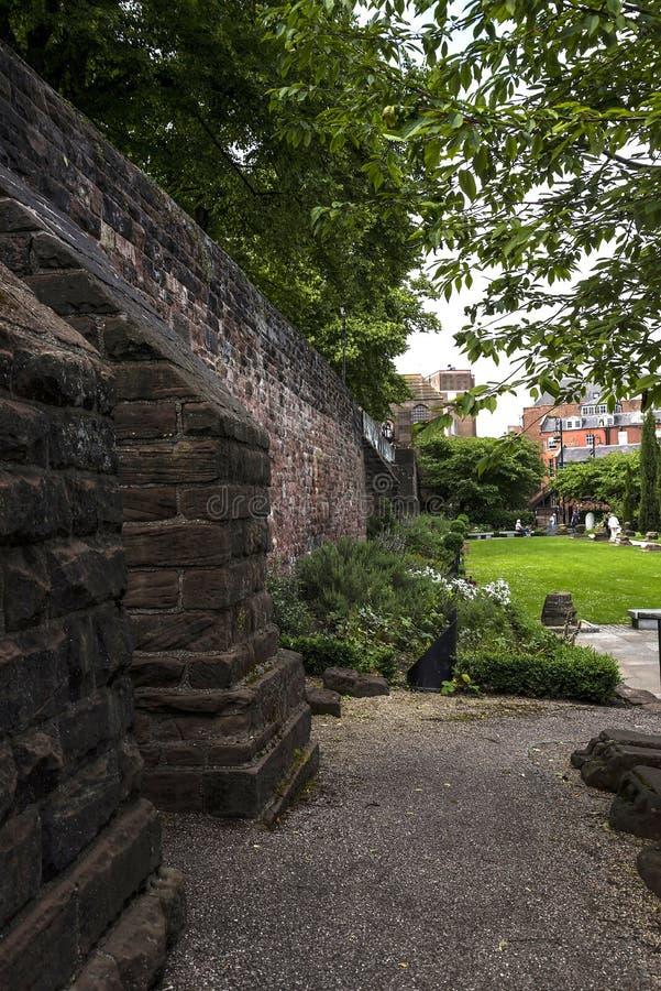 Mooi Roman Garden in Chester de stad van de provincie van Cheshire in Engeland stock afbeelding