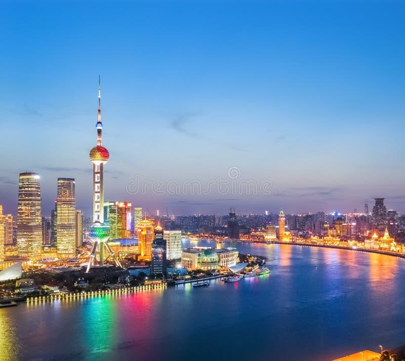 Mooi Shanghai in de avond royalty-vrije stock foto