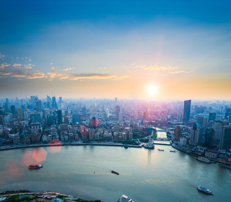 Mooi Shanghai in zonsondergang royalty-vrije stock afbeelding