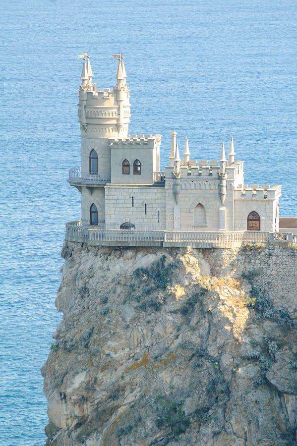 Mooi slikten Nestkasteel op de Rots, de Krim, de Oekraïne stock afbeelding