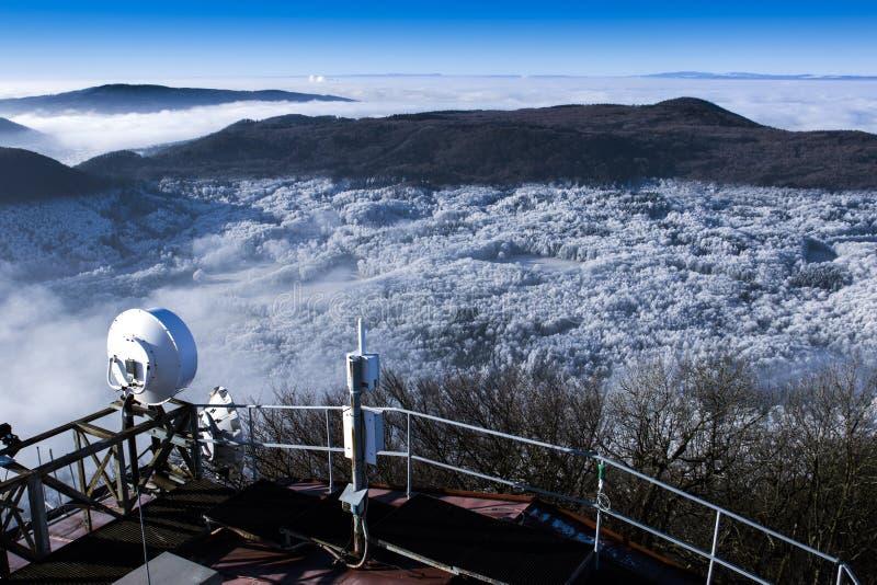 Mooi sneeuw de winterlandschap royalty-vrije stock foto's