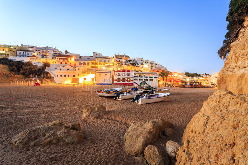 Mooi strand in Carvoeiro, Algarve, Portugal stock foto