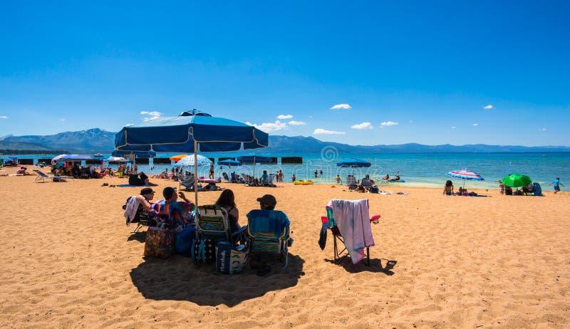 Mooi strand in Meer Tahoe, Californië stock fotografie