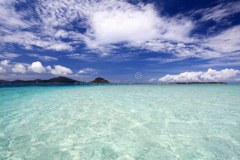 Mooi strand in Okinawa stock foto