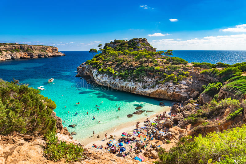 Mooi strand van Cala Moro Majorca Spain Mediterranean Sea royalty-vrije stock foto's