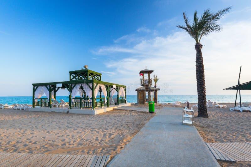 Mooi strandlandschap op Turkse Riviera dichtbij Kant royalty-vrije stock foto