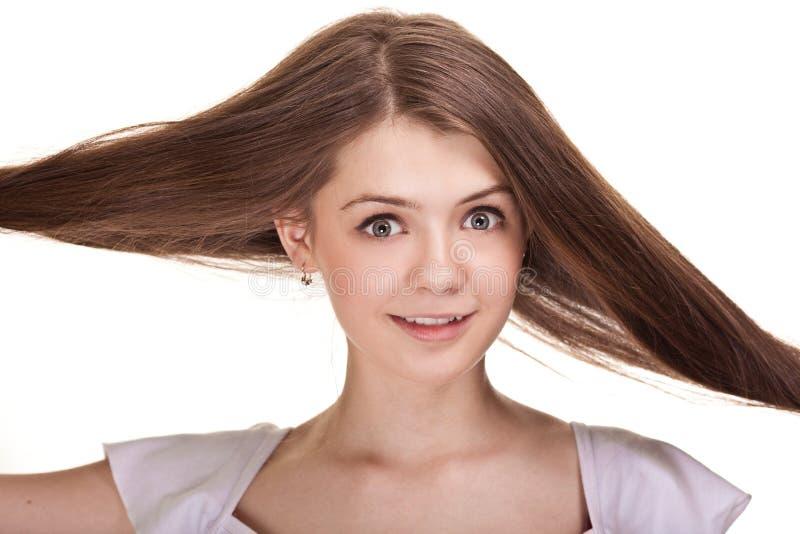 Mooi tienermeisje met lange haren stock foto