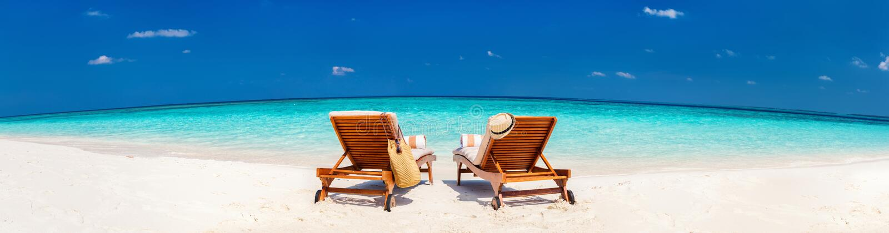 Mooi tropisch strand in de Maldiven royalty-vrije stock afbeelding