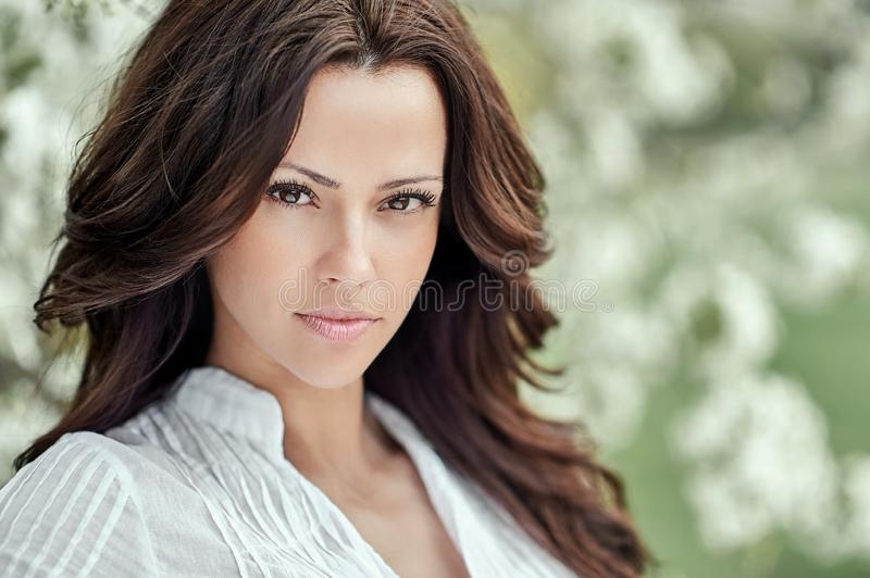 Mooi vrouwengezicht - sluit omhoog Perfecte huid stock foto's