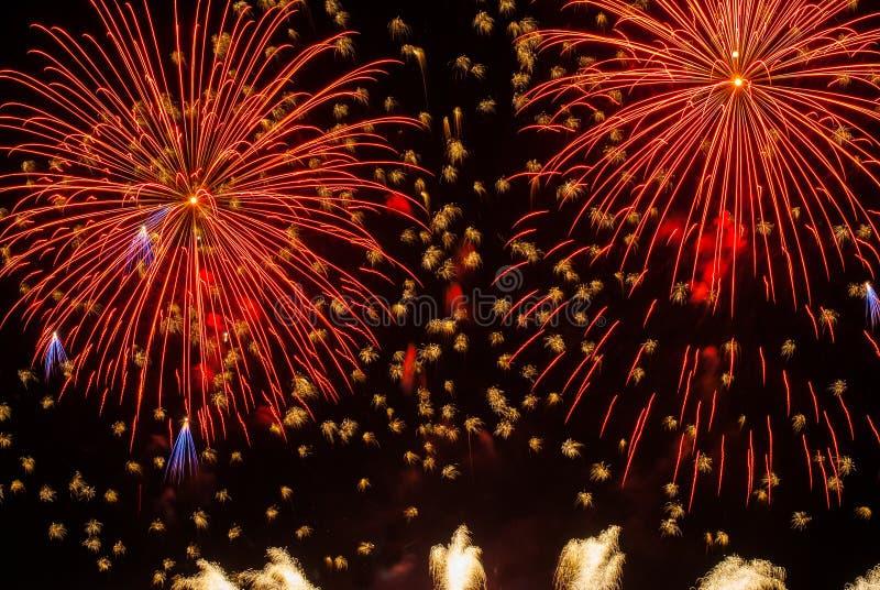 Mooi vuurwerk stock afbeeldingen