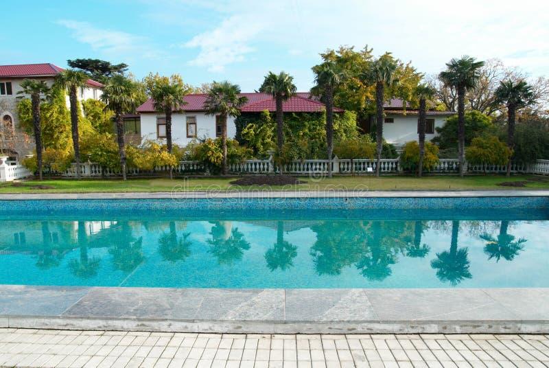 Mooi zwembad. royalty-vrije stock afbeeldingen