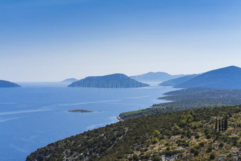 Mooie aard en landschapsfoto van Adriatische Overzees in Kroatië stock foto's