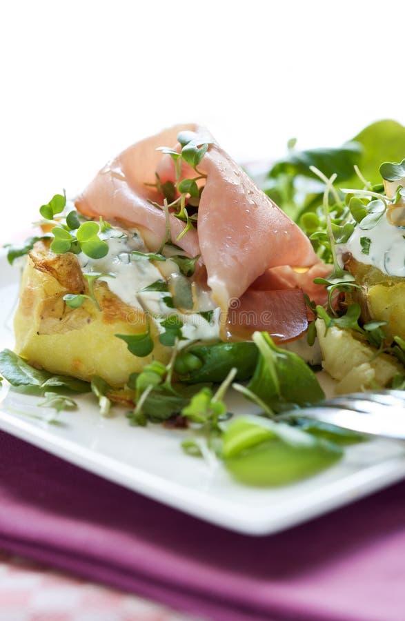 Mooie aardappelschotel royalty-vrije stock afbeelding