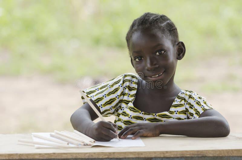 Mooie Afrikaanse meisjestekening in openlucht stock foto's