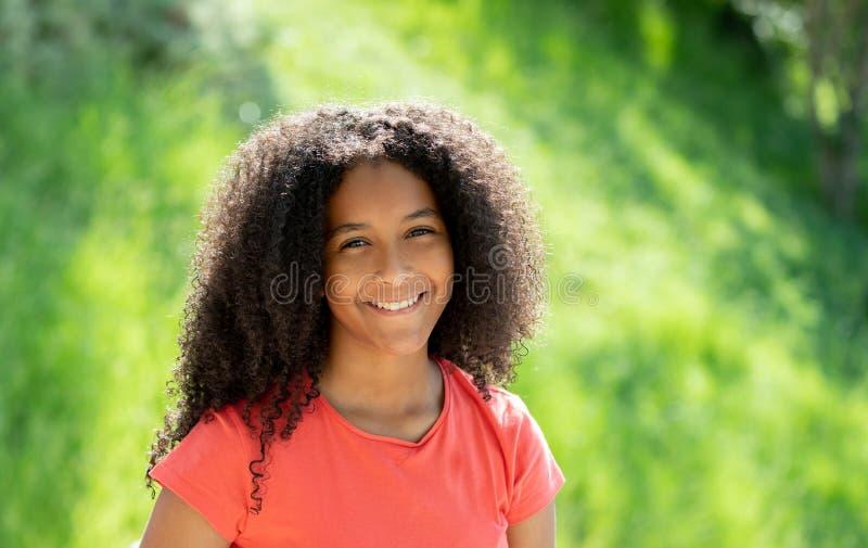 Mooie afro-tiener royalty-vrije stock afbeelding