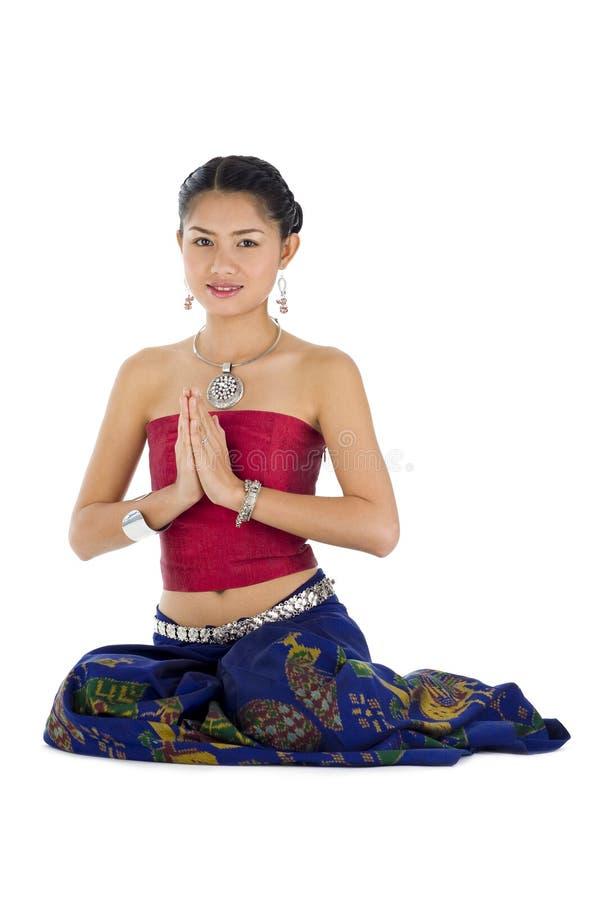 Mooie Aziaat met welkome uitdrukking stock afbeeldingen