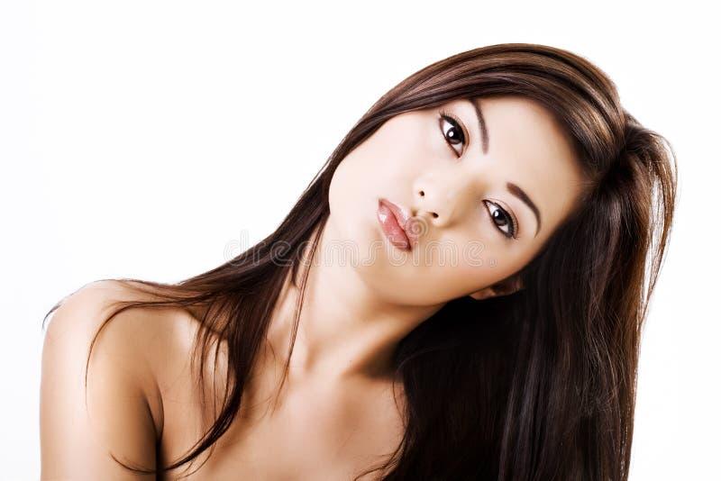 Mooie Aziatische vrouw met natuurlijke make-up stock fotografie