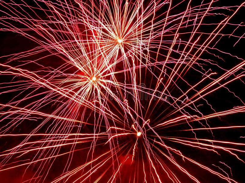Mooie begroeting en vuurwerk met de zwarte hemelachtergrond royalty-vrije stock afbeeldingen