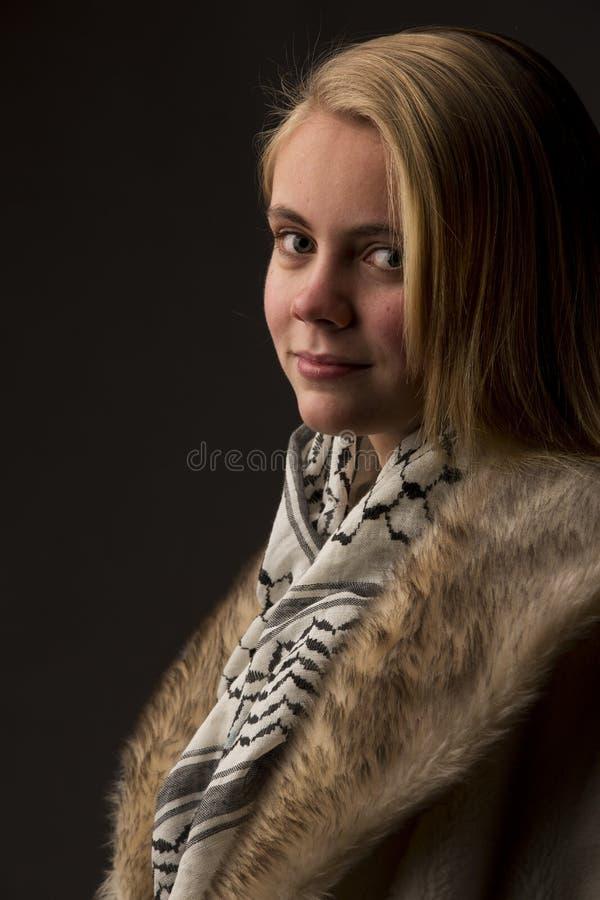 Mooie blonde tiener royalty-vrije stock afbeelding