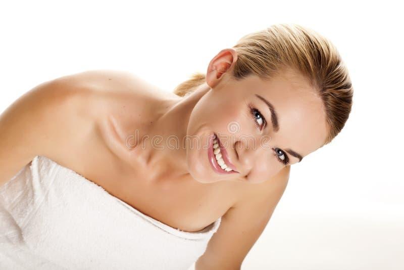 Mooie blonde vrouw. stock foto